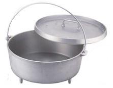 アルミ製のダッチオーブン