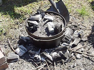 ダッチオーブンでつくる簡単スープカレー