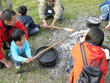 日高青少年自然の家でのアウトドアクッキングキャンプ
