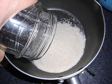 アトピーの改善にも効果大!健康食の基本、10分でできる玄米クリーム